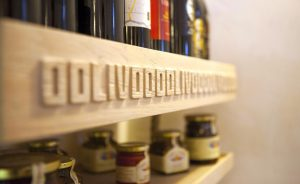 oolivoo restaurant products shelves interiors